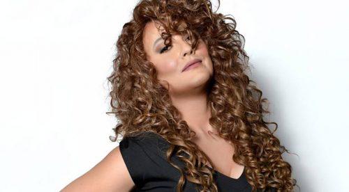Стефан Илчев като Mariah Carey